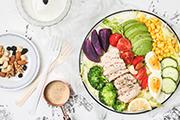 企业食堂承包公司提到合理的膳食搭配可以提供员工身体能量